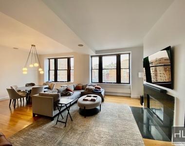 124 Hudson Street - Photo Thumbnail 0