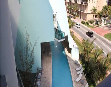 6000 Collins Ave - Photo Thumbnail 28