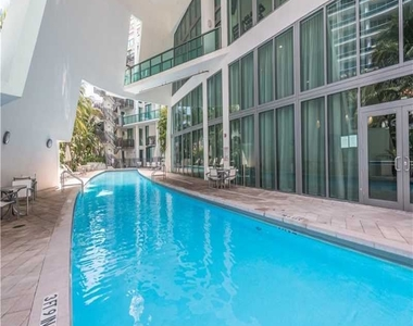 6000 Collins Ave - Photo Thumbnail 48