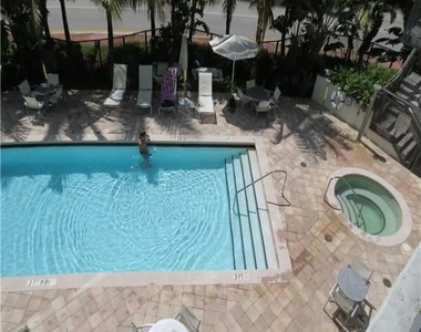 6000 Collins Ave - Photo Thumbnail 37