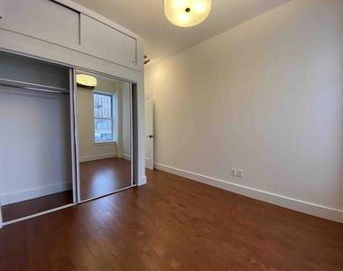 877 Wyckoff Avenue - Photo Thumbnail 15