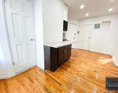 440 East 9th Street - Photo Thumbnail 4