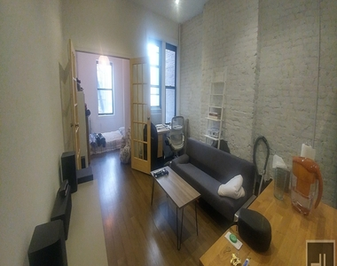 532 Flatbush Avenue - Photo Thumbnail 2