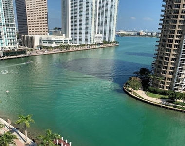 485 Brickell Ave 562 - Photo Thumbnail 27