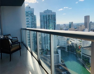 485 Brickell Ave 562 - Photo Thumbnail 24