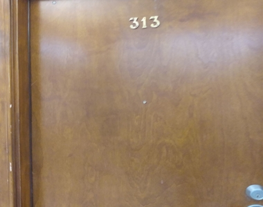 541 S Spring St - Photo Thumbnail 0