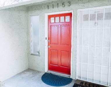 11153 Morrison St - Photo Thumbnail 43