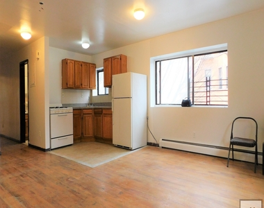 1071 Jefferson Avenue - Photo Thumbnail 1
