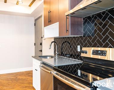 35 Claver Place - Photo Thumbnail 3