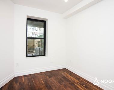 44 Rochester Avenue - Photo Thumbnail 8