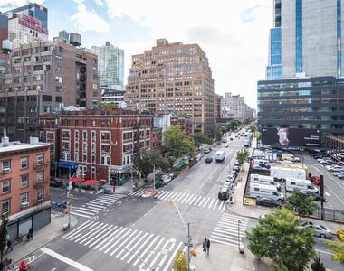 400 West 37th St - Photo Thumbnail 28