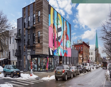 636 Knickerbocker Avenue - Photo Thumbnail 14