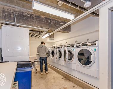Parking, Elevator, Laundry - Photo Thumbnail 4