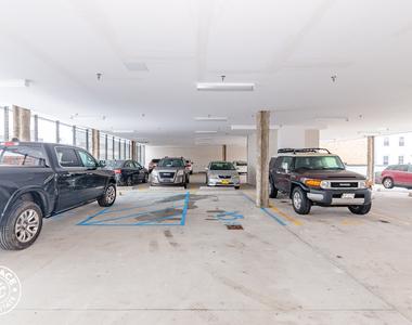 Parking, Elevator, Laundry - Photo Thumbnail 3