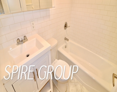 340 West 47th Street - Photo Thumbnail 10