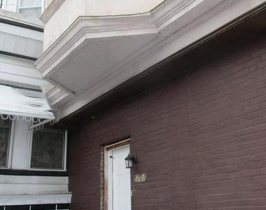 5701 Hadfield Street - Photo Thumbnail 2