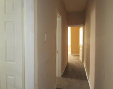 5701 Hadfield Street - Photo Thumbnail 20