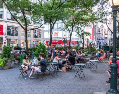 777 6th Avenue - Photo Thumbnail 26
