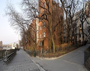 8 Clark Street - Photo Thumbnail 14