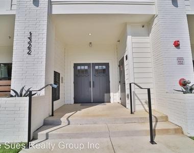 1322 Lipscomb Street - Photo Thumbnail 11