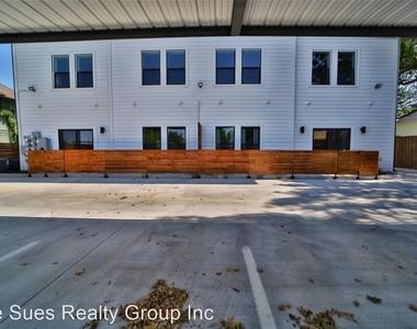 1322 Lipscomb Street - Photo Thumbnail 12