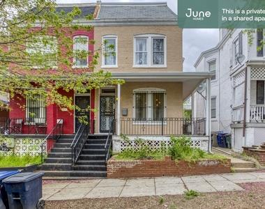 735 Girard Street Northwest - Photo Thumbnail 16