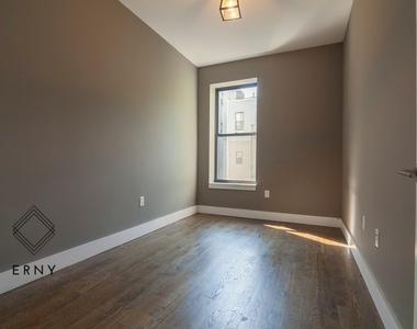 119 Linden Street - Photo Thumbnail 2