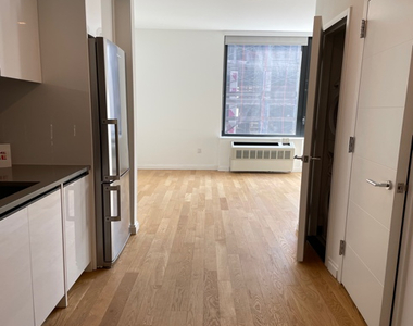 239 North 9th Street - Photo Thumbnail 1