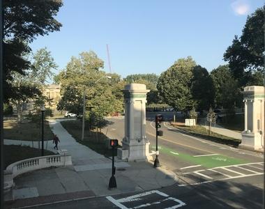93 Westland Ave. - Photo Thumbnail 5