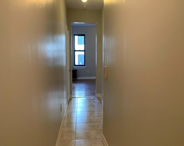 1543 Park Place - Photo Thumbnail 2