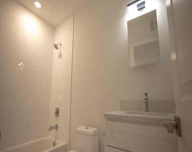 1427 Germantown Ave - Photo Thumbnail 1