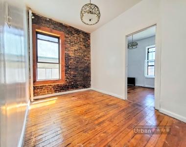 332 Vernon Avenue - Photo Thumbnail 5