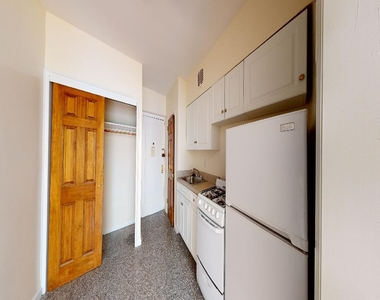 Spacious,bright, 1 bed for rent in Haven Avenue  upper Manhattan  no fee  - Photo Thumbnail 3