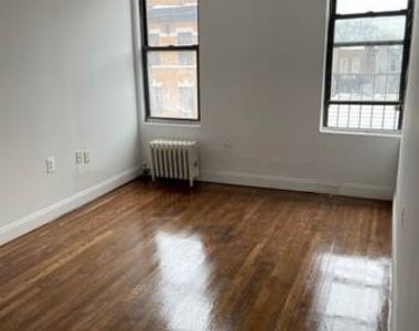 38th st Astoria NY 11102 - Photo Thumbnail 1