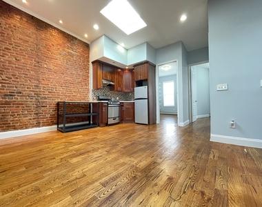 402 Chauncey Street - Photo Thumbnail 0