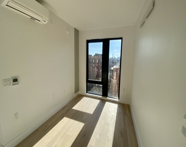60 West 125th Street - Photo Thumbnail 1