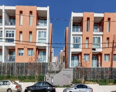 1015 Figueroa Ter 21 - Photo Thumbnail 39