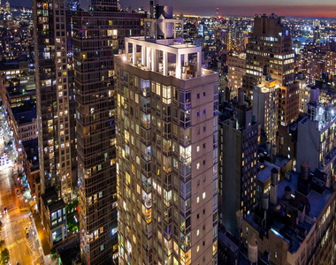 777 6th Avenue - Photo Thumbnail 1