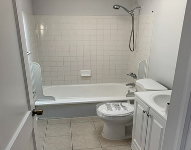 2720 Rittenhouse Rd - Photo Thumbnail 6