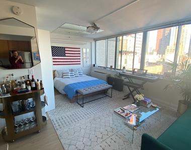 800 6th Avenue - Photo Thumbnail 0