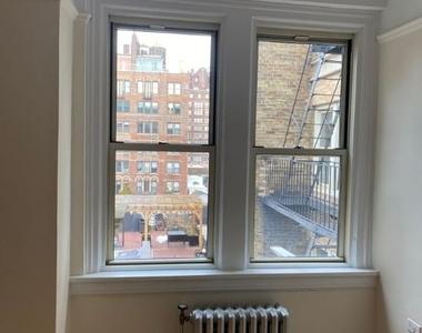 East 10th Street/ University Place - Photo Thumbnail 5
