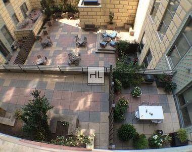 Livingston Street - Photo Thumbnail 3