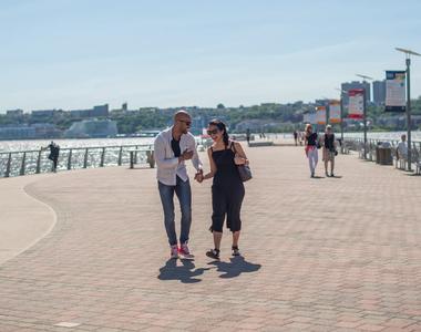 160 Riverside Blvd - Photo Thumbnail 32