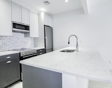 405 East 78th Street - Photo Thumbnail 1
