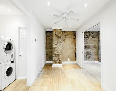 244 East 78th Street - Photo Thumbnail 1