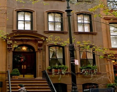 242 West 10th Street - Photo Thumbnail 0