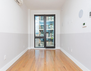115 Stanwix Street - Photo Thumbnail 3