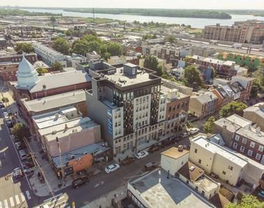 1133 E Columbia Ave Unit 303 - Photo Thumbnail 15