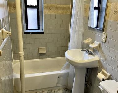 2305 2nd Avenue - Photo Thumbnail 5