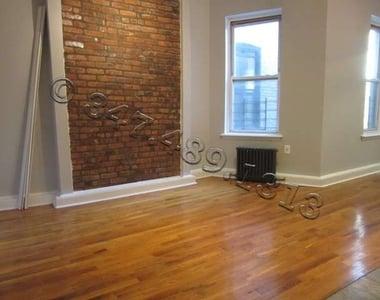 1257 Lincoln Place - Photo Thumbnail 2